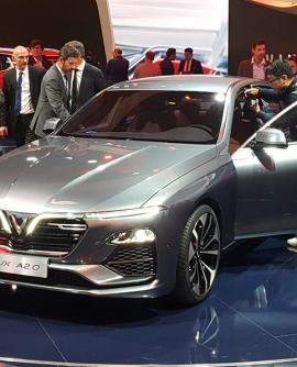 Đánh giá xe VinFast Lux A2.0 10 lý do nên mua