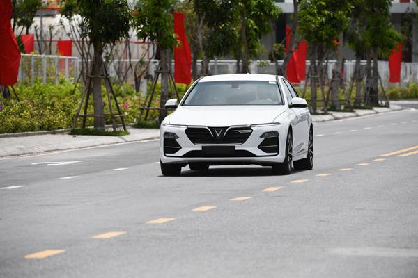 5 điểm ấn tượng của xe Lux