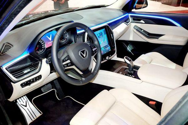, ĐÁNH GIÁ XE VINFAST LUX V8 2019: PHIÊN BẢN HIỆU NĂNG CAO CỦA LUX SA2.0, Vinfast Mỹ Đình | Đại lý xe ô tô Vinfast chính hãng uy tin tại Hà Nội